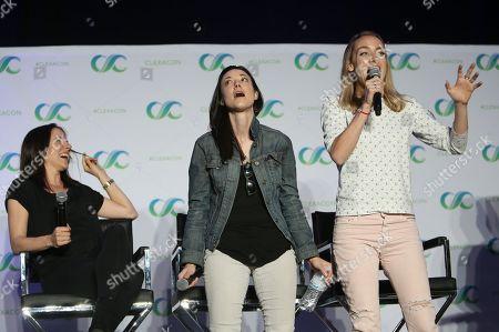 Anna Silk, Zoie Palmer, Rachel Skarsten