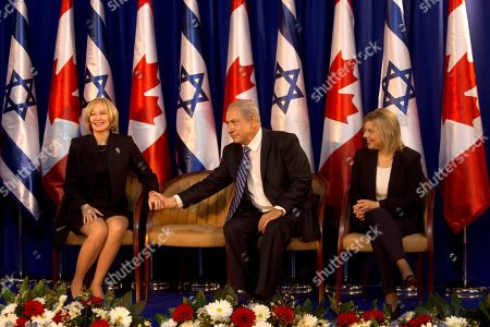 Laureen Harper, Benjamin Netanyahu, Sarah Netanyahu. Israeli Prime Minister Benjamin Netanyahu shakes hands with Canadian Prime Minister's wife Laureen Harper as Sarah Netanyahu looks on during a welcoming ceremony at the Prime Minister's office in Jerusalem, . Canadian Prime Minister Stephen Harper is on an official visit to the region