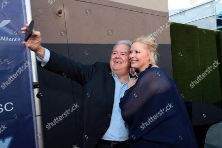 Jim O'Heir and Melissa Peterman Stok Resim