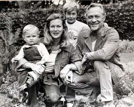 Actor Richard Todd His Wife Virginia With Their Children Seumas (left) And Andrew.both His Sons Seumus And Peter Shot Themselves. 20.4.06  Features Special Pic Shows Richard With His Wife And Two Of His Children.