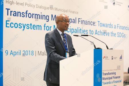President of the United Cities and Local Governments (UCLG) and of the South African Local Government Association (SALGA), Mpho Parks, delivers his speech during the opening ceremony of the High-level Policy Dialogue on Municipal Finance in Malaga, southeastern Spain, 09 April 2018. EFE/ Carlos Diaz