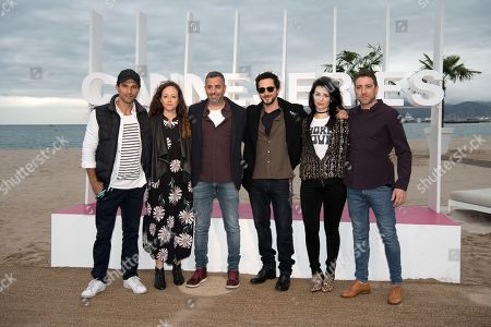 Dan Mor, a guest, Omri Givon, Tomer Kapon, Ninet Tayeb, Moshe Ashkenazi, a guest and Liron Ashkenazi