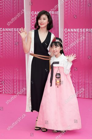 Lee Bo-young and Heo Yul from the series 'Mother'