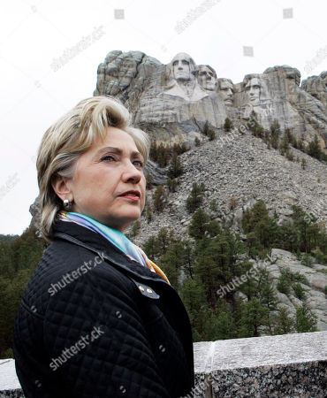 Hillary Rodham Clinton, Gerard Baker. CROP**Democratic presidential hopeful Sen. Hillary Rodham Clinton, D-N.Y., visits the presidential carvings at the Mount Rushmore National Monument, near Keystone, S.D., as she campaigns in South Dakota. The presidents carved into the mountain are, left to right, George Washington, Thomas Jefferson, Theodore Roosevelt and Abraham Lincoln