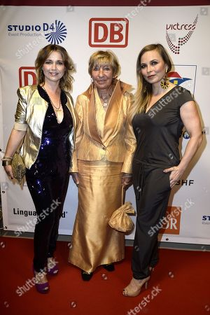 Tina Ruland, Heidi Hetzer and Regina Halmich .