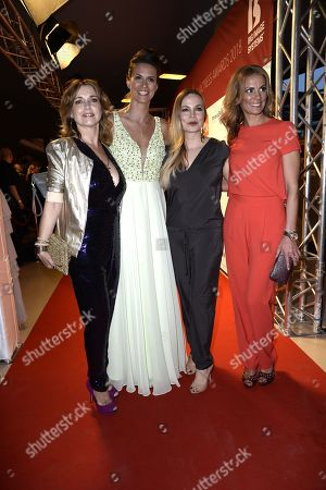 Tina Ruland, Katrin Wrobel, Regina Halmich and Kerstin Linnartz .