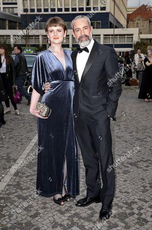 Gedeon Burkhard mit partner Mary Allan .