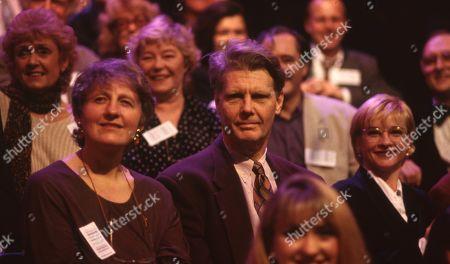 James Fox watching, with Rosemary Leach in b/g, Jane Horricks in f/g