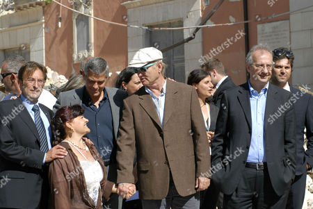 Major of L'Aquila Massimo Cialente, President of province Stefania Pezzopane, George Clooney, Bill Murray and Walter Veltroni