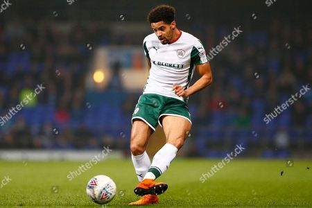 Barnsley defender Zeki Fryers (3) plays a pass during the EFL Sky Bet Championship match between Ipswich Town and Barnsley at Portman Road, Ipswich. Picture by Phil Chaplin