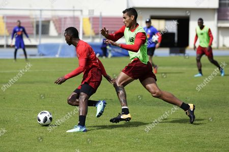 Panama's national soccer team players Omar Brownie (L) and Valentin Pimentel (R) during a training session at the Rommel Fernandez stadium in Panama City, Panama, 10 April 2018. Panama will face Trinidad and Tobago next 17 April for a friendly match.