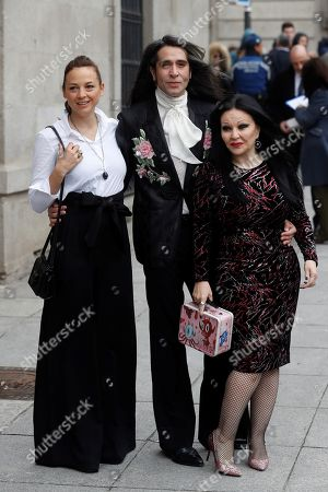 (L-R) Spanish actress and singer Leonor Watling, singer Mario Vaquerizo and singer Alaska arrive to attend the ceremony in which Spanish filmmaker Pedro Almodovar and Spanish singer Raphael have been named 'honorific citizens of Madrid', 11 April 2018, in Madrid, Spain, for their extraordinary artistic careers.