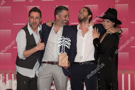 Moshe Ashkenazi, Omri Givon, Tomer Kapon and Ninet Tayeb pose with the Best Serie Award from 'When heroes fly' at the Canneseries Winners Photocall during the 1st Cannes International Series Festival at Palais des Festivals in Cannes, FRANCE, April 11, 2018  //NIVIERE_139NIV/Credit:David Niviere/SIPA/1804120005