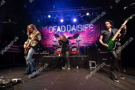 The Dead Daisies - Doug Aldrich, John Corabi, Marco Mendoza