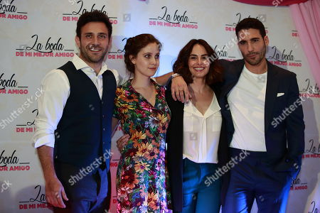 Mexican actors Carlos Ferro (L), Natasha Dupeyron (2-L), Ana Serradilla (2-R) and Spanish Miguel Angel Silvestre (R) pose for photographers during a press conference to present the film 'My Best Friend's Wedding', a remake of the original 1990 movie, in Mexico City, Mexico, 12 April 2018.