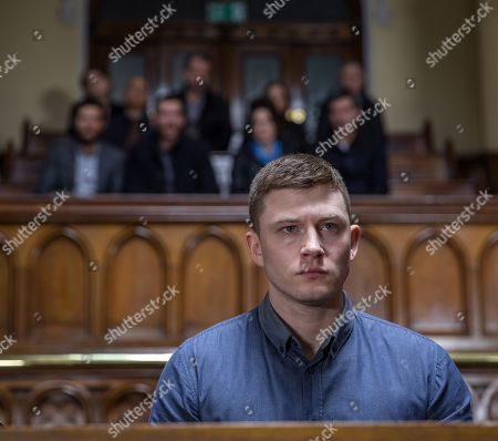Ep 8131 Tuesday 24th April 2018  As the trial begins, it's a huge moment as Ross Barton finally comes face to face with his attacker Simon, as played by Liam Ainsworth. As he relives the attack will Ross make the connection about Simon's identity and recognise him as Holly's drug dealer? Soon there's a commotion as the judge explains a key witness has died, and Ross despairs to think the case could be about to fall apart. Soon the witness' statement is read out but will it be enough evidence?