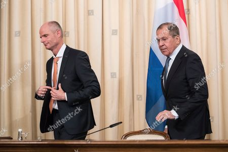 Sergey Lavrov, Halbe Zijlstra. Russian Foreign Minister Lavrov, right, and Dutch Foreign Minister Halbe Zijlstra leave a joint news conference following their talks in Moscow, Russia