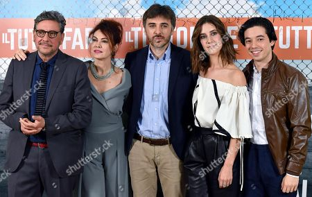(L-R) Italian actors Sergio Castellitto, Elena Sofia Ricci, Italian director Valerio Attanasio, Argentinian actress Clara Alonso and Italian actor Guglielmo Poggi pose during the photocall for ''Il Tuttofare'' in Rome, Italy, 13 April 2018. The movie opens in Italian theaters on 19 April.