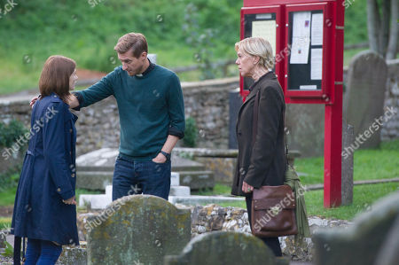 (Ep 5) - Arthur Darvill as Rev. Paul Coates, Jodie Whittaker as Beth Latimer, and Carolyn Pickles as Maggie Radcliffe.