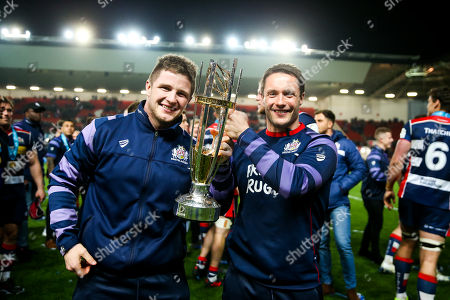 Jason and Jonny Harris-Wright celebrate after Bristol Rugby win the match and the Greene King IPA Championship