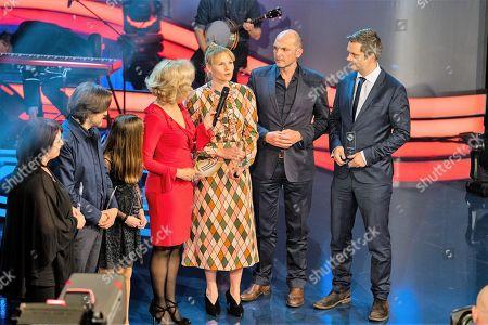 Stock Picture of Angelkia Schwarzhuber, Hans Steinbichler, Romy Butz, Annette Gerlach, Rosalie Thomass, Christian Lex