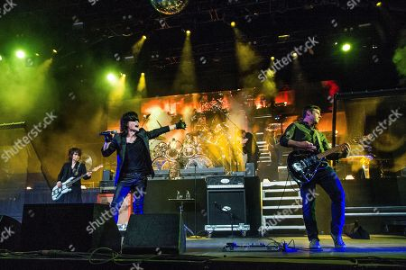 Toshi, Wes Borland. Toshi, left, of X Japan performs with Wes Borland of Limp Bizkit at the Coachella Music & Arts Festival at the Empire Polo Club, in Indio, Calif