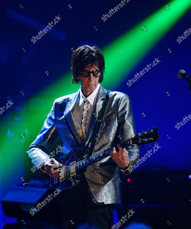 Ric Ocasek, from the Cars, performs during the Rock and Roll Hall of Fame Induction ceremony, in Cleveland