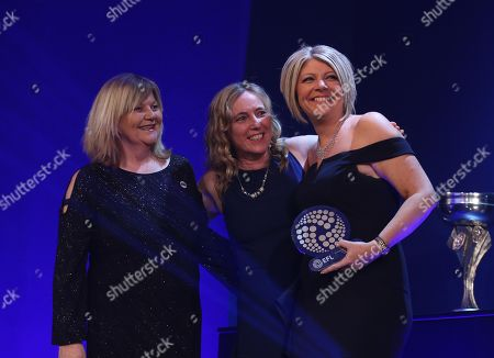 Blackburn Rovers, winners of the AmazeRealise Family club of the year, L to R, Bianca Westwood Sky Sports , Julie Preuschat, Christine Rennard, Lindsey Talbot