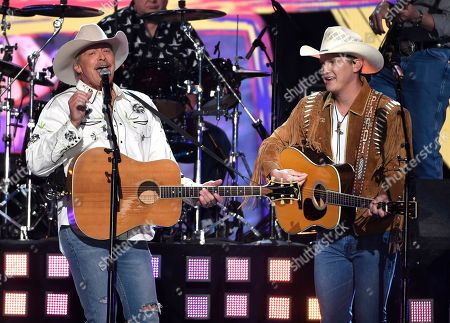 """Alan Jackson, Jon Pardi. Alan Jackson, left, and Jon Pardi perform """"Chattahoochee"""" at the 53rd annual Academy of Country Music Awards at the MGM Grand Garden Arena, in Las Vegas"""