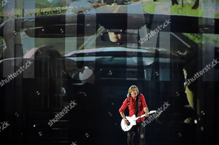 """Keith Urban performs """"Coming Home"""" at the 53rd annual Academy of Country Music Awards at the MGM Grand Garden Arena, in Las Vegas"""