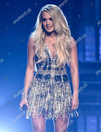 """Carrie Underwood performs """"Cry Pretty"""" at the 53rd annual Academy of Country Music Awards at the MGM Grand Garden Arena, in Las Vegas"""