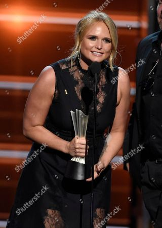 """Miranda Lambert accepts the award for song of the year for """"Tin Man"""" at the 53rd annual Academy of Country Music Awards at the MGM Grand Garden Arena, in Las Vegas"""
