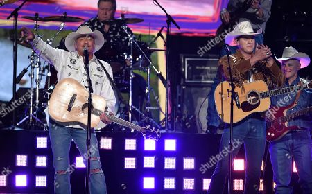 """Stock Image of Alan Jackson, Jon Pardi. Alan Jackson, left, and Jon Pardi perform """"Chattahoochee"""" at the 53rd annual Academy of Country Music Awards at the MGM Grand Garden Arena, in Las Vegas"""