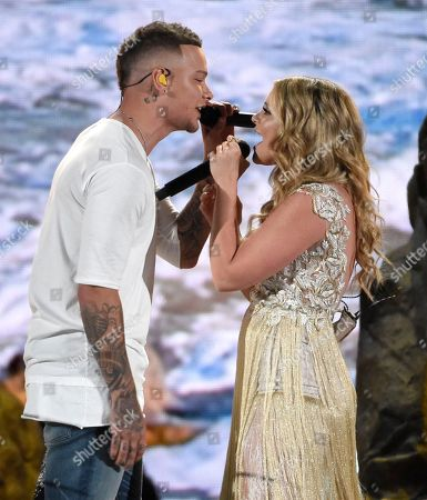 """Kane Brown, Lauren Alaina. Kane Brown, left, and Lauren Alaina perform """"What Ifs"""" at the 53rd annual Academy of Country Music Awards at the MGM Grand Garden Arena, in Las Vegas"""