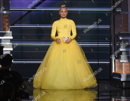 Lindsey Vonn presents the award for female vocalist of the year at the 53rd annual Academy of Country Music Awards at the MGM Grand Garden Arena, in Las Vegas