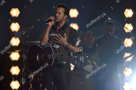 """Luke Bryan performs """"Most People Are Good"""" at the 53rd annual Academy of Country Music Awards at the MGM Grand Garden Arena, in Las Vegas"""