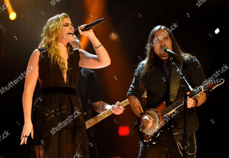 """Lauren Alaina performs """"Doin' Fine"""" at the 53rd annual Academy of Country Music Awards at the MGM Grand Garden Arena, in Las Vegas"""