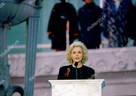 Editorial image of Lauren Bacall at Clinton Inaugural Gala - 01 Apr 2015