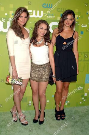 Shelley Hennig, Jessica Parker Kennedy and Phoebe Jane Tonkin