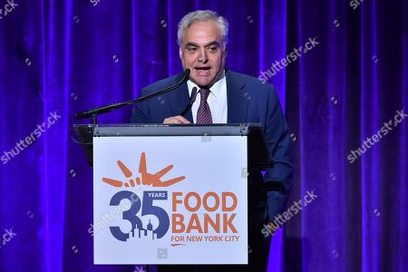 Stock Picture of Lee Brian Schrager