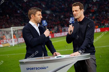 Leverkusen, Germany, Bay - Arena , 03.03.2014  Football DFB-Pokal , Halbflinale,  2017 / 2018 Bayer Leverkusen :  FC Bayern Muenchen 2-6 am 17.04 .2018 in Bay-Arena in Leverkusen Alexander BOMMES (ARD) - and Thomas HITZLSBERGER -