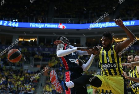 Jason Thompson (R) of Fenerbahce in action against Ilimane Diop (L) of Baskonia during the Euroleague basketball match between Fenerbahce Dogus and Baskonia Vitoria Gasteiz, in Istanbul, Turkey, 18 April 2018.