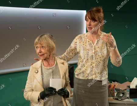 Sheila Reid as Rose, Elizabeth Berrington as Ileen