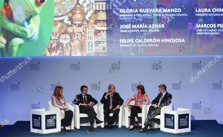 (L-R) Gloria Guevara, of the World Travel and Tourism Council; Jose María Aznar, former Prime Minister of Spain; Felipe Calderon, former president of Mexico; Laura Chinchilla, former president of Costa Rica and Marcos Peña, head of the Cabinet of Ministers of the Government of Argentina, participate in the closing of the 18th edition of the World Travel and Tourism Council summit celebrated in Buenos Aires, Argentina, on 19 April 2018.