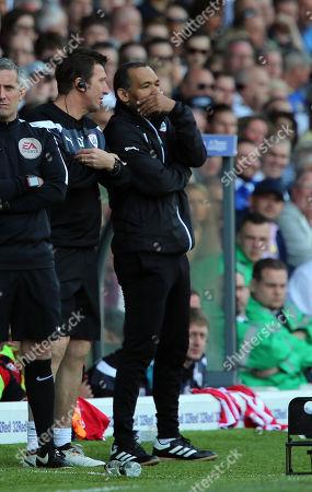 Barnsley coach Jose Morias as Barnsley lose to Leeds