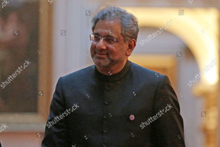Pakistan's Prime Minister Shahid Khaqan Abbasi arrives to attend The Queen's Dinner during The Commonwealth Heads of Government Meeting (CHOGM), at Buckingham Palace
