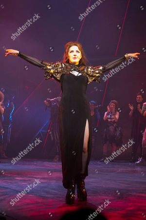 Sharon Sexton (Sloane) during the curtain call