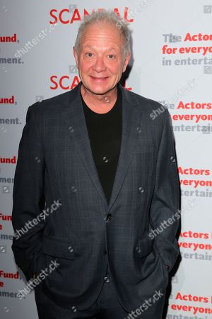 "Jeff Perry, cast member of ""Scandal"" arrives a the live stage reading of the series finale at El Capitan Theatre, in Los Angeles"