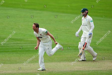 Josh Davey of Somerset celebrates the wicket of Ben Cox