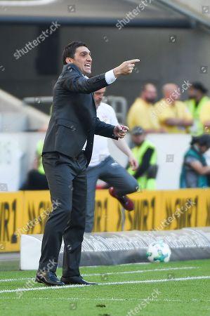 Voll dabei, Cheftrainer Tayfun Korkut (VFB Stuttgart) , VFB Stuttgart - SV Werder Bremen, Football, Bundesliga, 21.04.2018